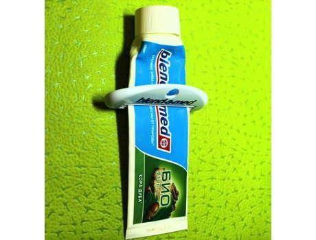 Диспенсер для зубной пасты B&M