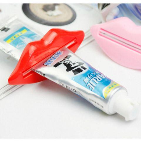 Диспенсер для зубной пасты (губы)
